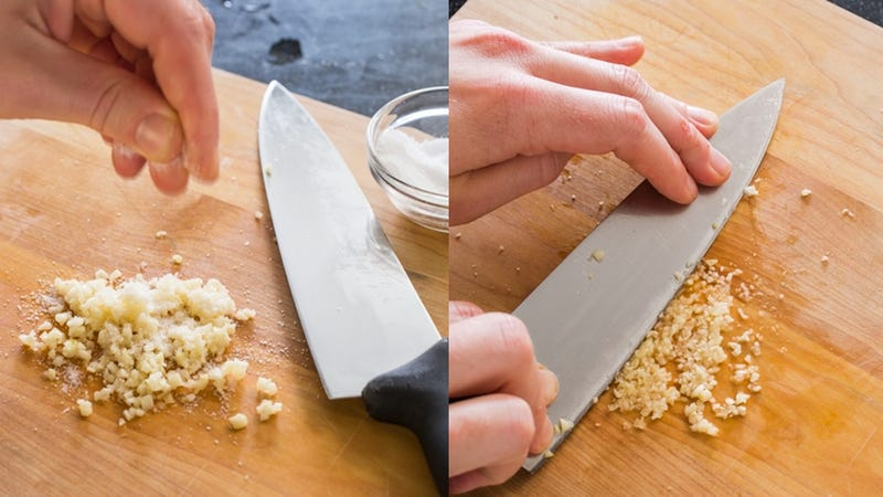 Illustration for article titled The Easiest Way to Mince Garlic Using Just a Knife