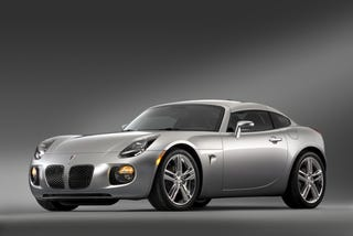 Illustration for article titled 2009 Pontiac Solstice Coupe Brings Transformer Back To Life