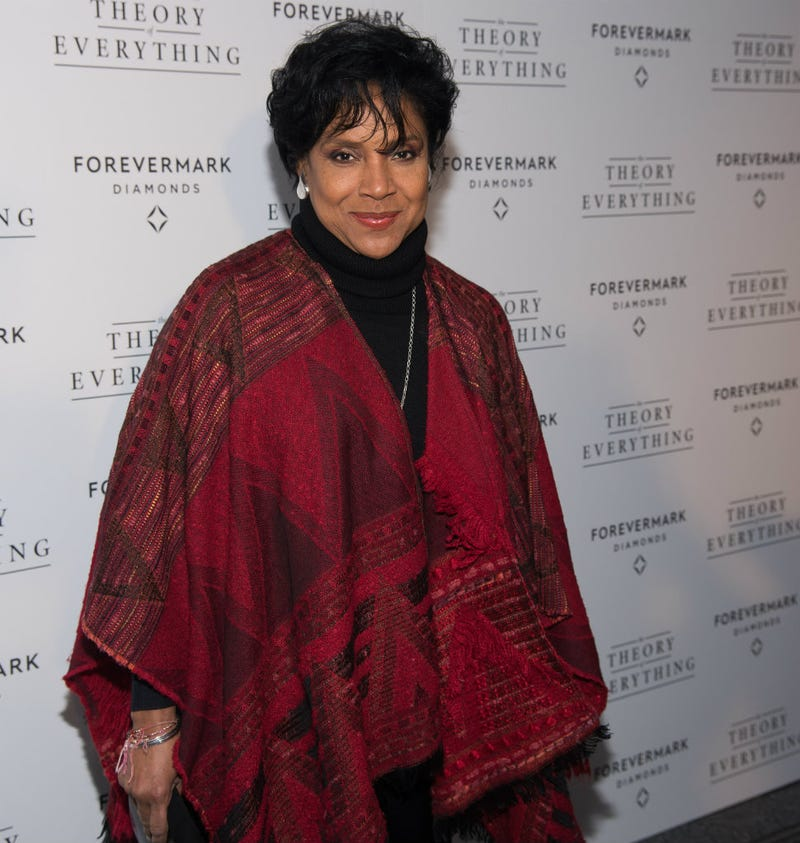 Illustration for article titled Phylicia Rashad Attacks Cosby Accusers: 'Forget These Women'