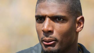 Michael Sam remains unsigned by any pro football team since being cut by the St. Louis Rams.Ed Zurga/Getty Images