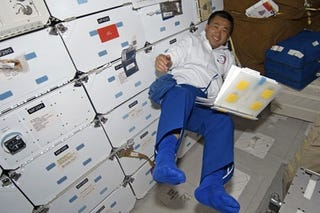 Illustration for article titled NASA Astronaut Currently Testing Magic Odor-Eating Underpants