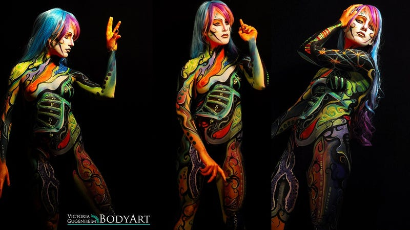 Illustration for article titled This woman is bodypainted with a gene linked to breast cancer [NSFW?]