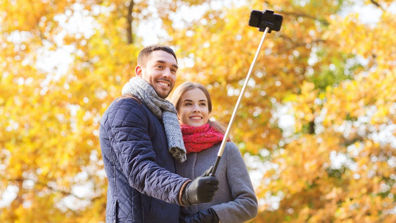 "Illustration for article titled ​South Korea Is Outlawing Knock-Off ""Selfie Sticks"""