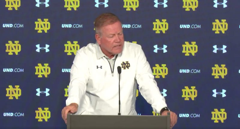 Illustration for article titled Brian Kelly Can't Resist An Opportunity To Be Passive-Aggressive