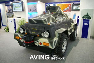 Illustration for article titled Microrobot Military Patrol Jeep is Not Really Micro