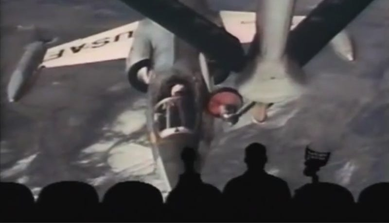 Illustration for article titled Mystery Science Theater 3000's Take On The Starfighters Is Hilarious