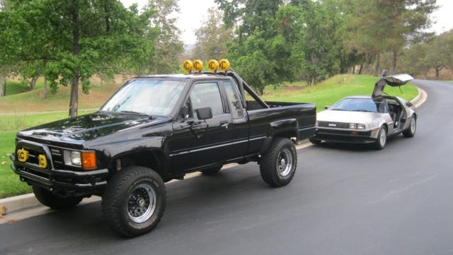 all waxed up 1985 toyota hilux 4x4 back to the future replica. Black Bedroom Furniture Sets. Home Design Ideas