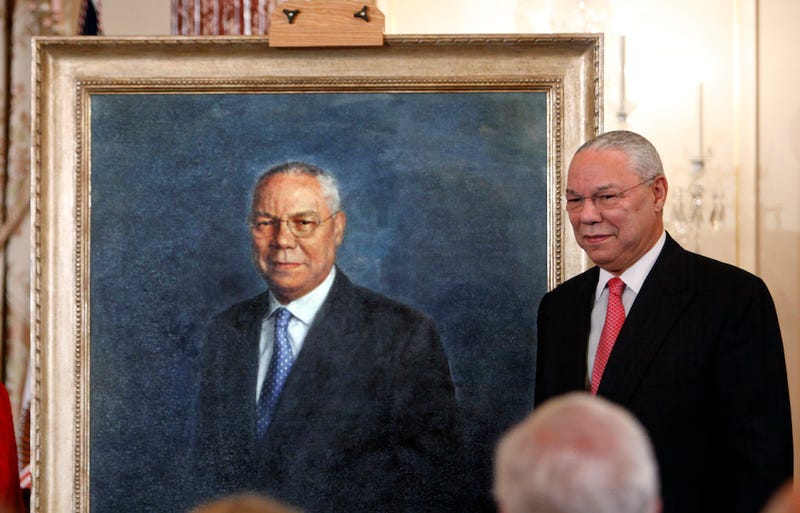 Illustration for article titled Colin Powell Has a Hot Tub Room Decorated with Portraits of Himself