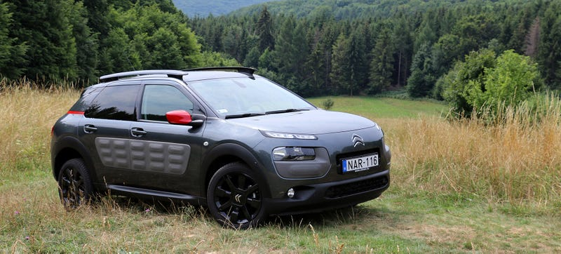 Illustration for article titled The Citroën Cactus Feels Like The Coolest Small Crossover On The Planet