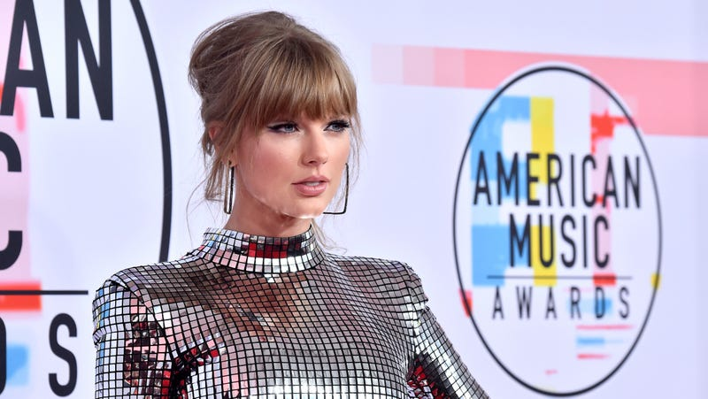 Taylor Swift's new record deal includes a fiery anti-Spotify clause
