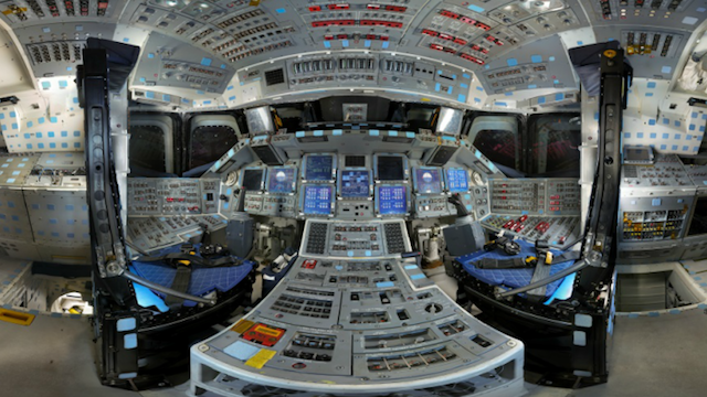 What It Looks Like Inside the Space Shuttle Discovery