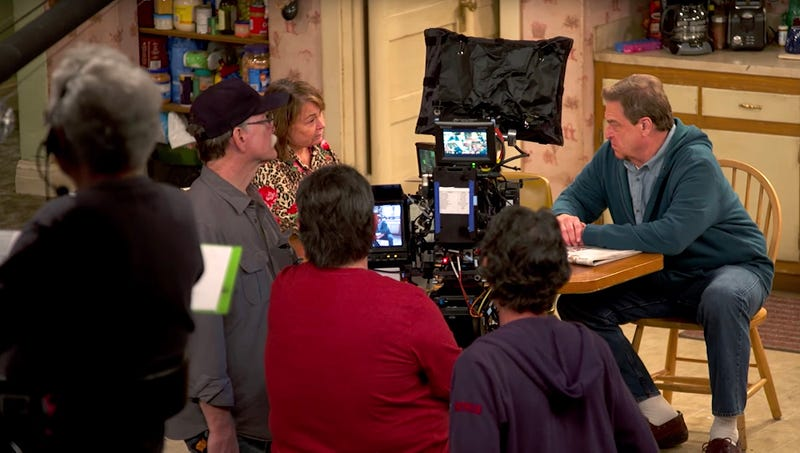 Illustration for article titled 'Roseanne' Taping Repeatedly Interrupted By Reporters Trying To Interview Members Of White Working Class