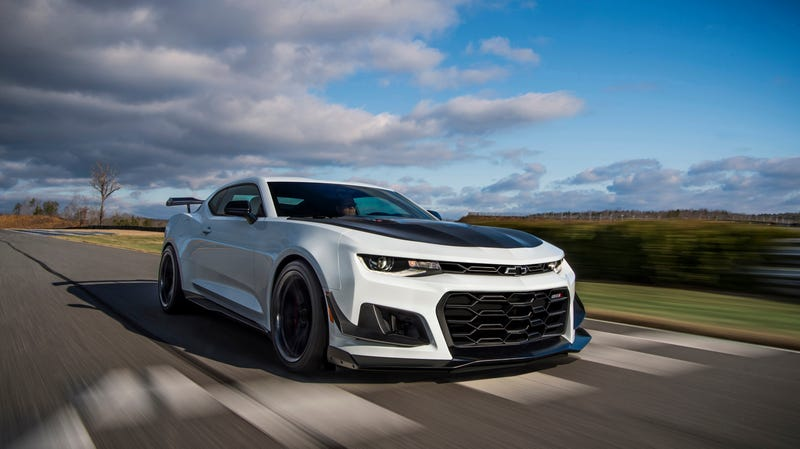 Illustration for article titled The Chevy Camaro ZL1 1LE Responds to GT500's Dual-Clutch: What About a 10-Speed Slushbox?