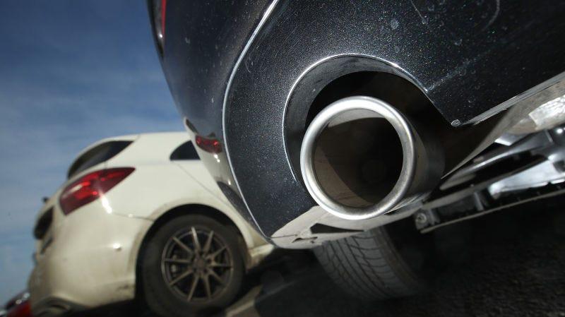 Illustration for article titled La UE caza a los fabricantes de automóviles en un nuevo fraude de emisiones aún más burdo que el Dieselgate