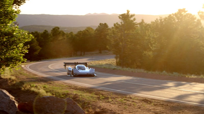 The I.D. R Pikes Peak on practice day.