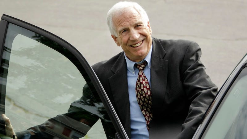 """Illustration for article titled Report: Jerry Sandusky Allegedly Wrote """"Creepy"""" Love Letters To At Least One Of His Victims"""