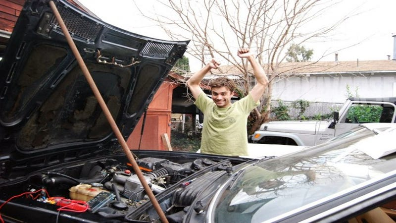 Illustration for article titled Wrenching Tips: This is how you bring a non-starting car back to life