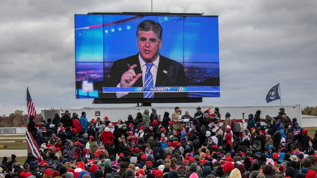 Sean Hannity Wants Pics