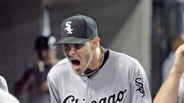Sports Briefing: White Sox Defeat Tigers Twice After Suspending…