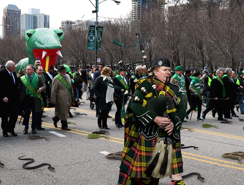 Illustration for article titled Chicago St. Patrick's Day Parade Finally Lifts Ban On Snakes