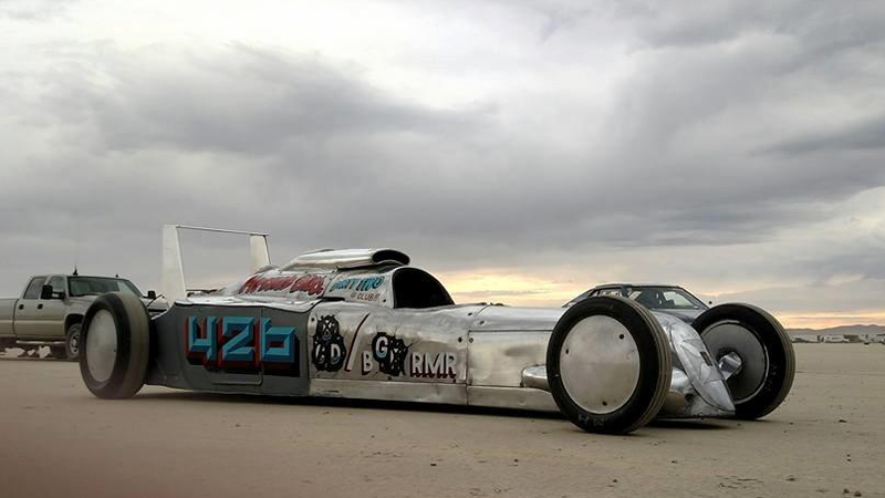 Illustration for article titled You Can Bid On A 250 MPH Streamliner On Bring A Trailer Right Now