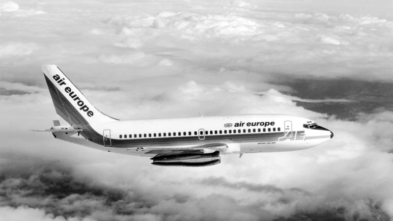 The 737-200 is so old that the only pictures of it on Getty are in black and white (Photo by Central Press/Getty Images).
