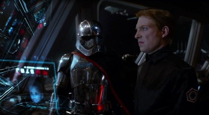 Illustration for article titled Una escena eliminada de Star Wars: The Last Jedirevela que uno de los villanos iba a tener otro final
