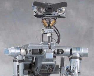 Illustration for article titled South Korea's DMZ Sentry Robot Is Licensed to Kill