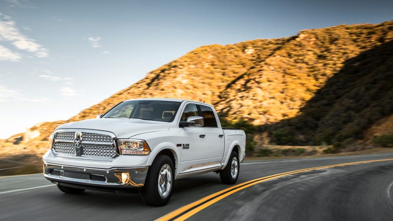 Illustration for article titled 2014 Ram EcoDiesel Has Best MPG Of Any Half-Ton Pickup Ever