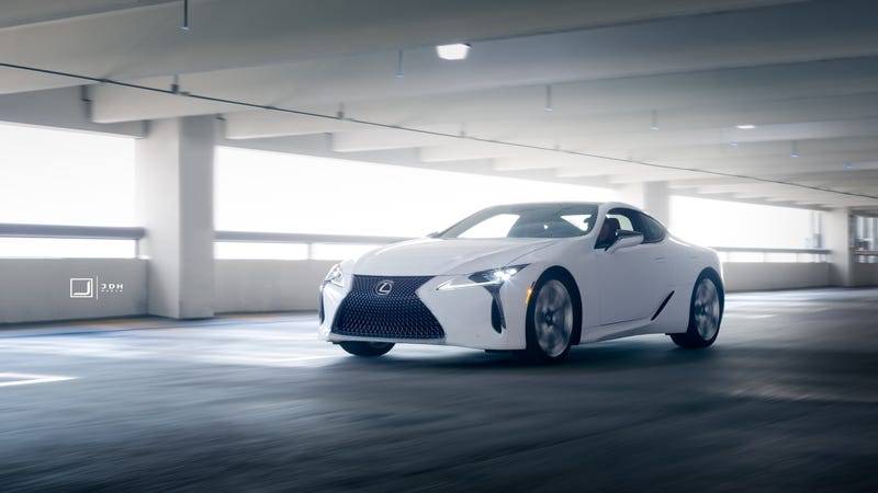Illustration for article titled Your Ridiculously Awesome Lexus LC500 Wallpaper Is Here