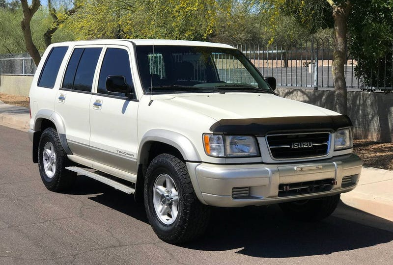 For $4,500, Is This Five-Speed 1999 Isuzu Trooper Super-Duper?