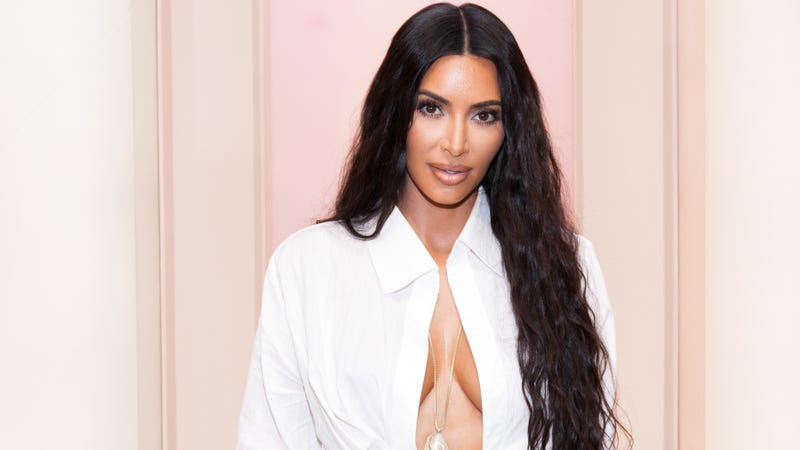 Illustration for article titled Kim K Is Back at the White House