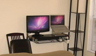 Illustration for article titled Mac-on-a-Shelf: A Compact Workspace