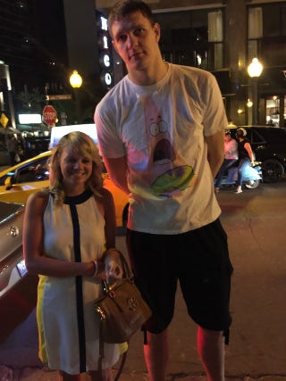 Illustration for article titled There's A Lot To Love About This Picture Of Timofey Mozgov