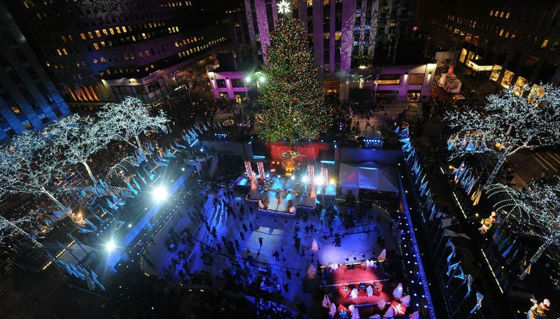 Illustration for article titled NBC Ignores Protesters in NYC to Air Celebs Singing Christmas Carols