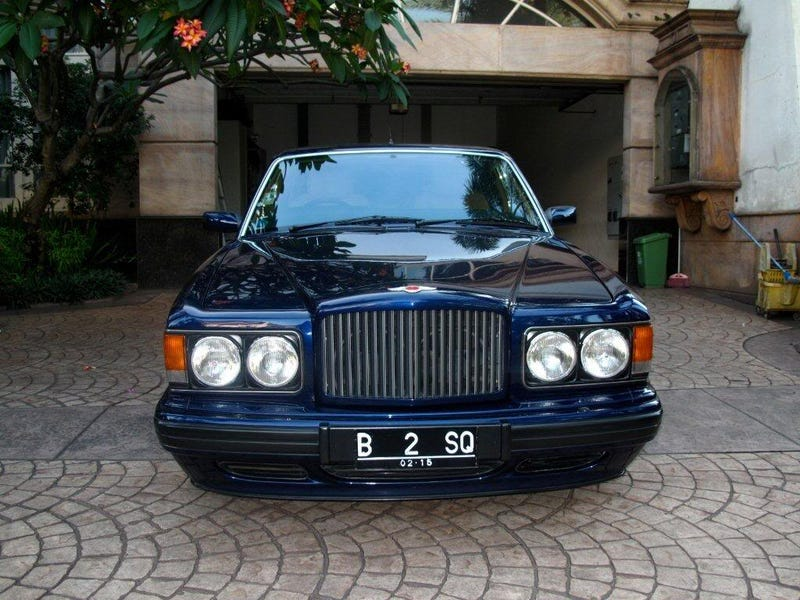 Illustration for article titled 1996 Bentley Brooklands: The Not So Really Jalopnik Review.