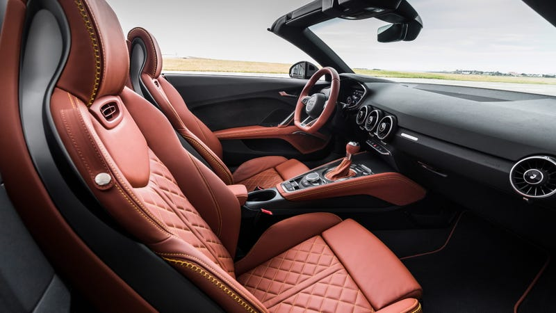 Illustration for article titled The Interior on the New Audi TT20th Anniversary Edition Is a Stunner