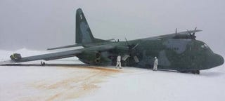 Illustration for article titled Brazilian C-130 Hercules Crashes In Antarctica
