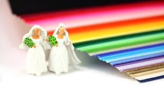 Illustration for article titled Some Local NY Officials Refuse To Be Involved In Gay Marriages