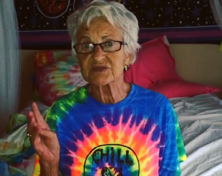 Illustration for article titled Celebrate Grandparents Day with Badass Twitter Granny Baddie Winkle