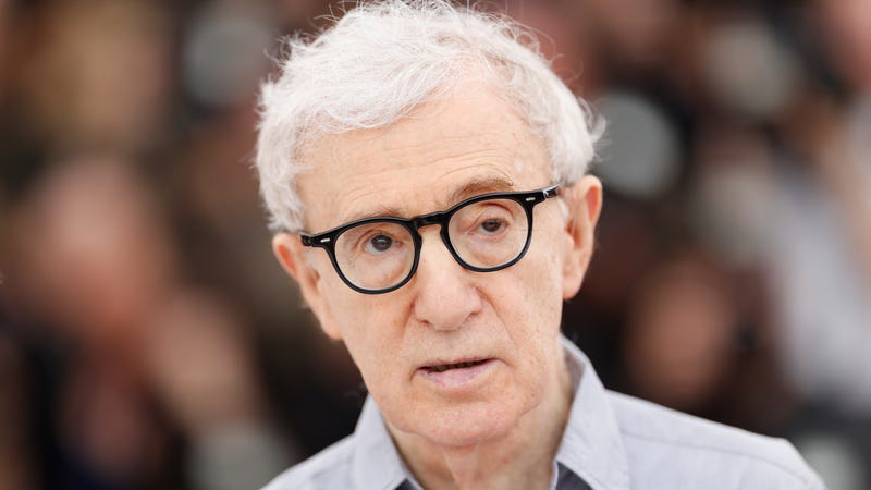 "Illustration for article titled Amazon says Woody Allen ""sabotaged"" them with his #MeToo remarks, not by being Woody Allen"