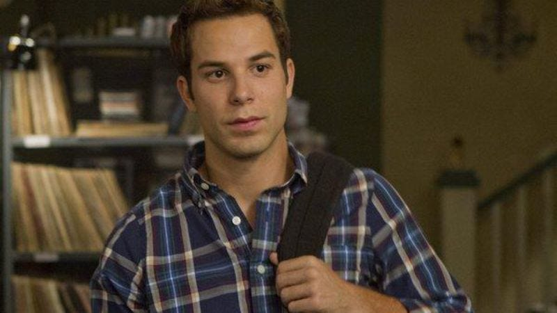 Illustration for article titled Pitch Perfect's Skylar Astin joins ABC's basketball buddy comedy