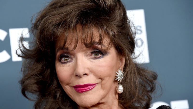 Illustration for article titled Joan Collins Believes a Friendly 'Little Fly' Might Be Jackie Collins Reincarnated
