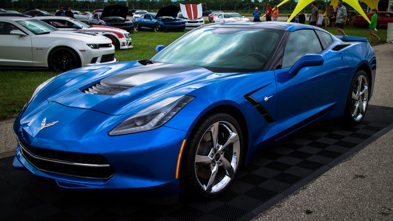 """Illustration for article titled Dealer Lies About Wrecking Brand New Corvette On """"Test Drive"""""""