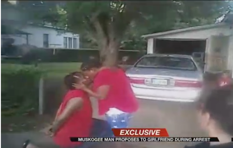 Oklahoma man proposes to girlfriend while under arrest