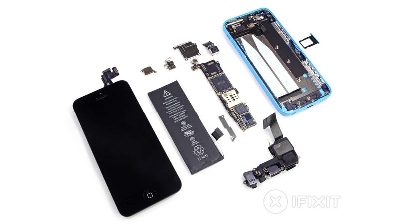 Illustration for article titled iPhone 5C Teardown: An iPhone 5 Wrapped in Plastic