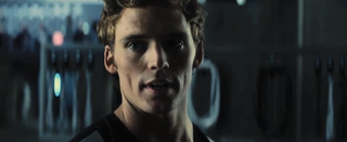 Illustration for article titled Finnick shows off his noose-tying skills in Catching Fire deleted scene