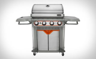 Illustration for article titled This Handsome Grill Has Interchangeable Inserts For Added Versatility