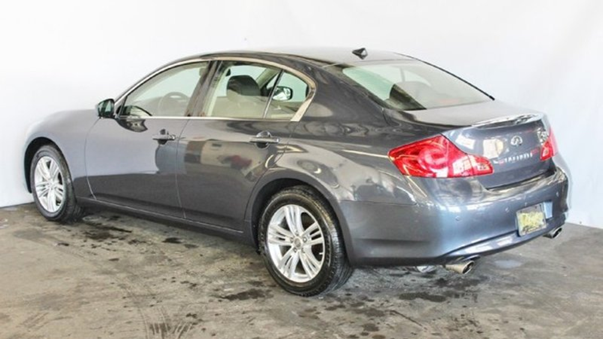 used coupe northshore sport auto for infinity mall sale infiniti