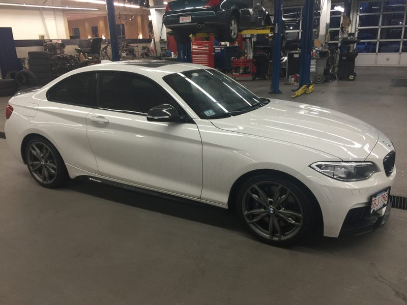 Illustration for article titled Who wants an M235i lease? I need out of mine.